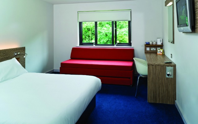 Travelodge interior 636