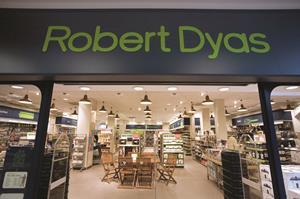 About Robert Dyas Robert Dyas is a houseware, appliances and consumer electronics retailer that markets a vast array of products for the home and garden. These include the latest in kitchen gadgets as well as items designed to make gardening truly enjoyable. How to Save with Robert Dyas Robert Dyas offers a number of ways for customers to save.