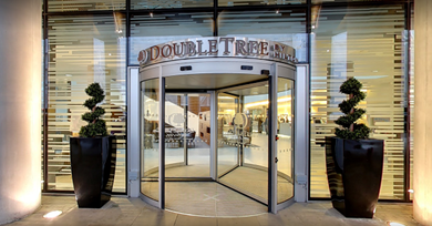 DoubleTree by Hilton HotelTower of London.png